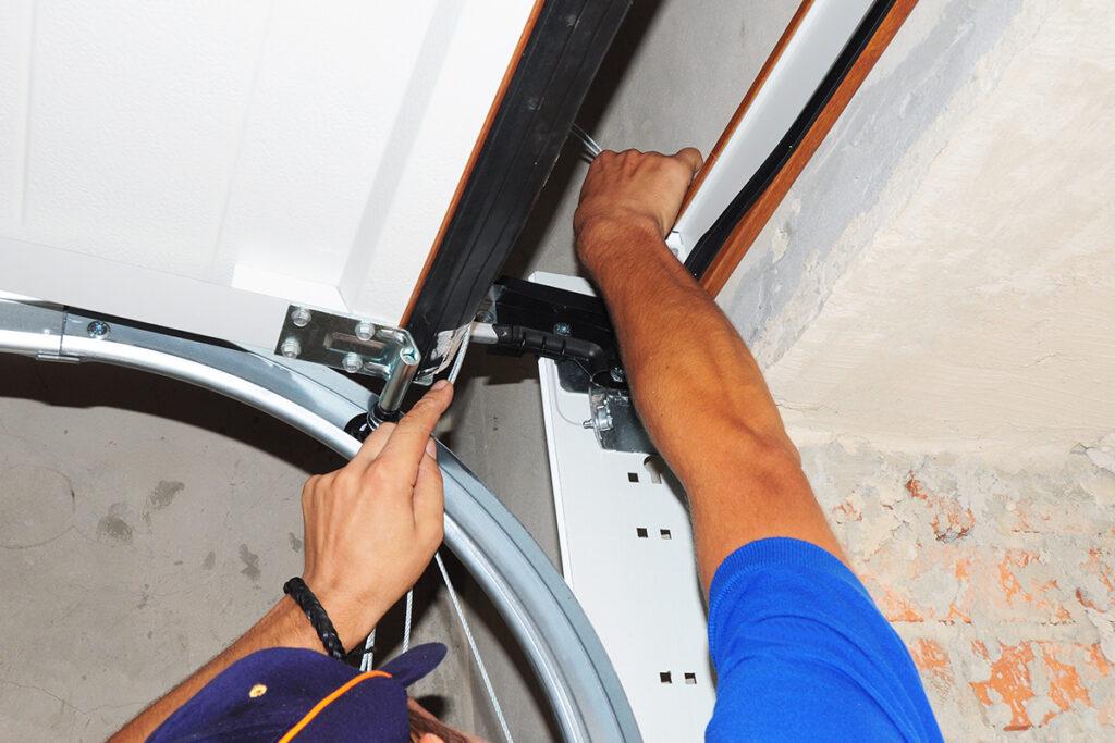 Garage Door Repair in Hamilton